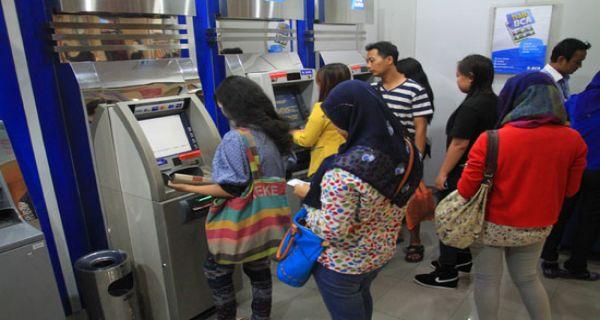 Tahun Ini Atm Bank Bank Bumn Digabung Jpnn Com