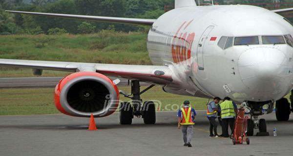 Latih Perempuan Jadi Tukang Parkir Pesawat Jpnn Com