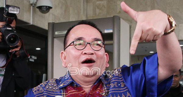 5 Berita Terpopuler: Ruhut Termehek-Mehek Sentil KAMI, Ada yang Kapok dengan Prabowo, Reaksi Alumni 212 - JPNN.com