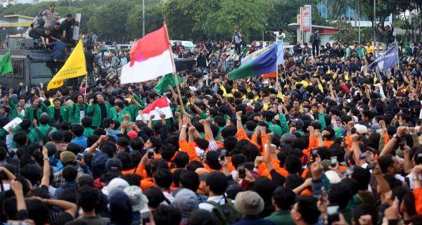 Demo Mahasiswa Hari Ini, Apa sih Tuntutan Mereka? - JPNN.com