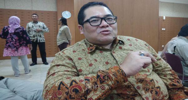 Indra: Enak Dosen dan Guru PNS, Tidur-tiduran Tetap Digaji - JPNN.com