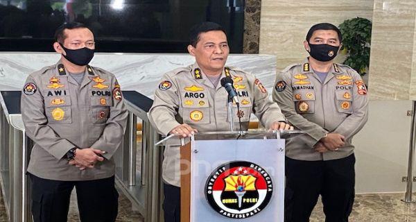 Situs Dpr Diretas Jadi Dewan Pengkhianat Rakyat Pelaku Langsung Diburu Jpnn Com